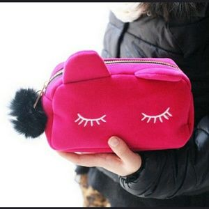 Handbags - Pink makeup bag